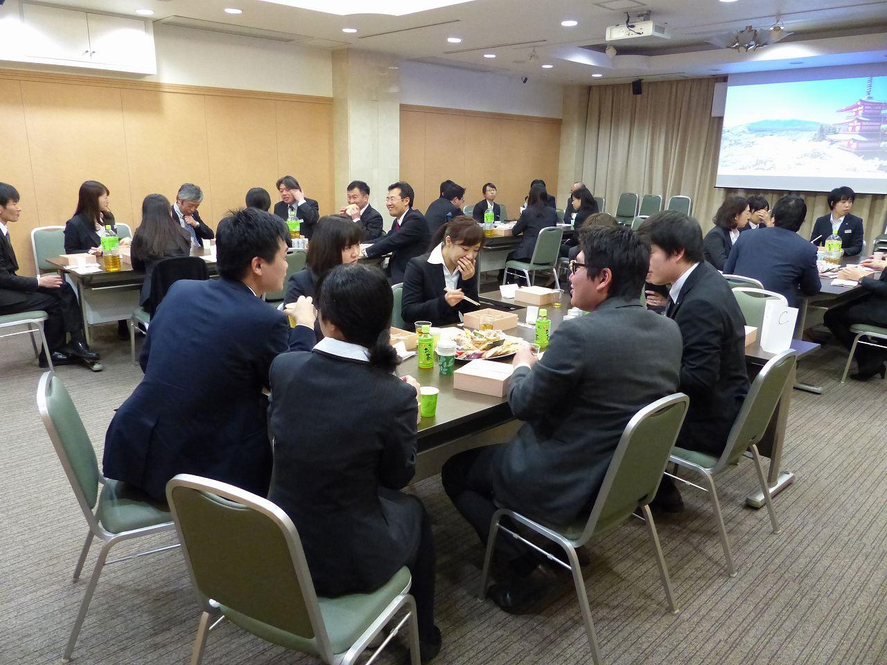 平成29年度入社式と新入社員歓迎交流会を行いました。